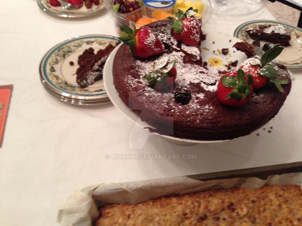 Flourless Chocolate Cake by Mokoni