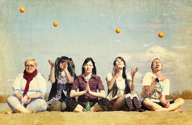 Orange friends by Yumk0