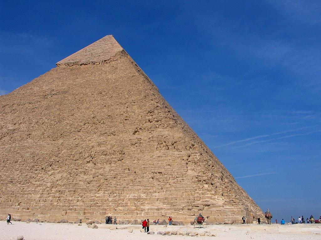 Pyramid of Khafre by Egil21