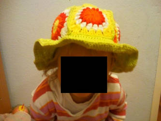 Granny Squares - Hat by Rabenmaedchen