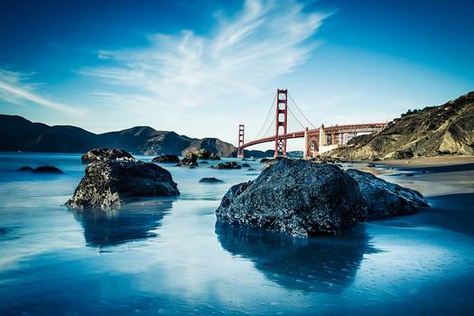 Golden Gate Bridge on a gorgeous fall day