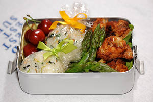 picnic bento with chicken