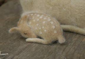 sleeping fawn by vriad-lee
