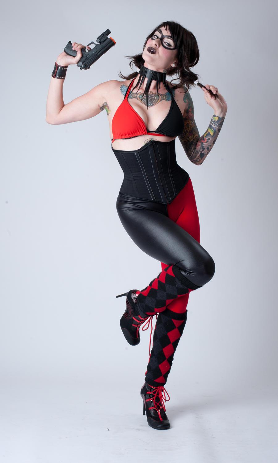 Niki Harley Quinn 1a by jagged-eye