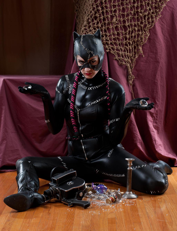 Niki nix Catwoman 3a by jagged-eye