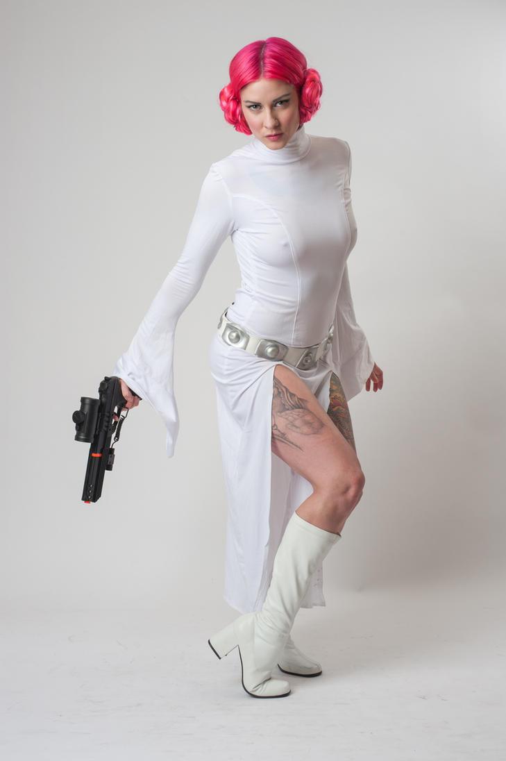 Niki Leia 4a by jagged-eye