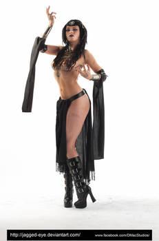Talyn Sorceress-161