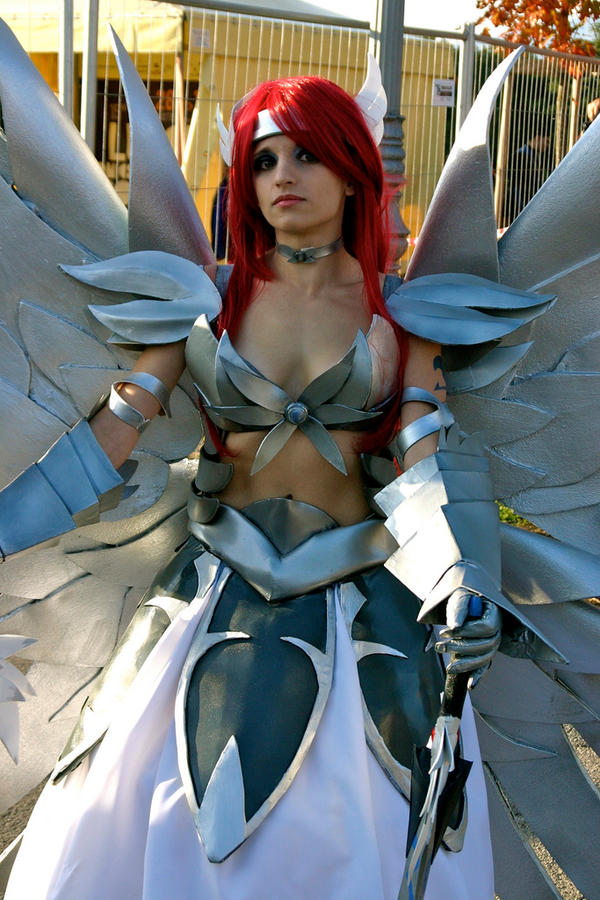 Erza Cosplay by KICKAcosplay