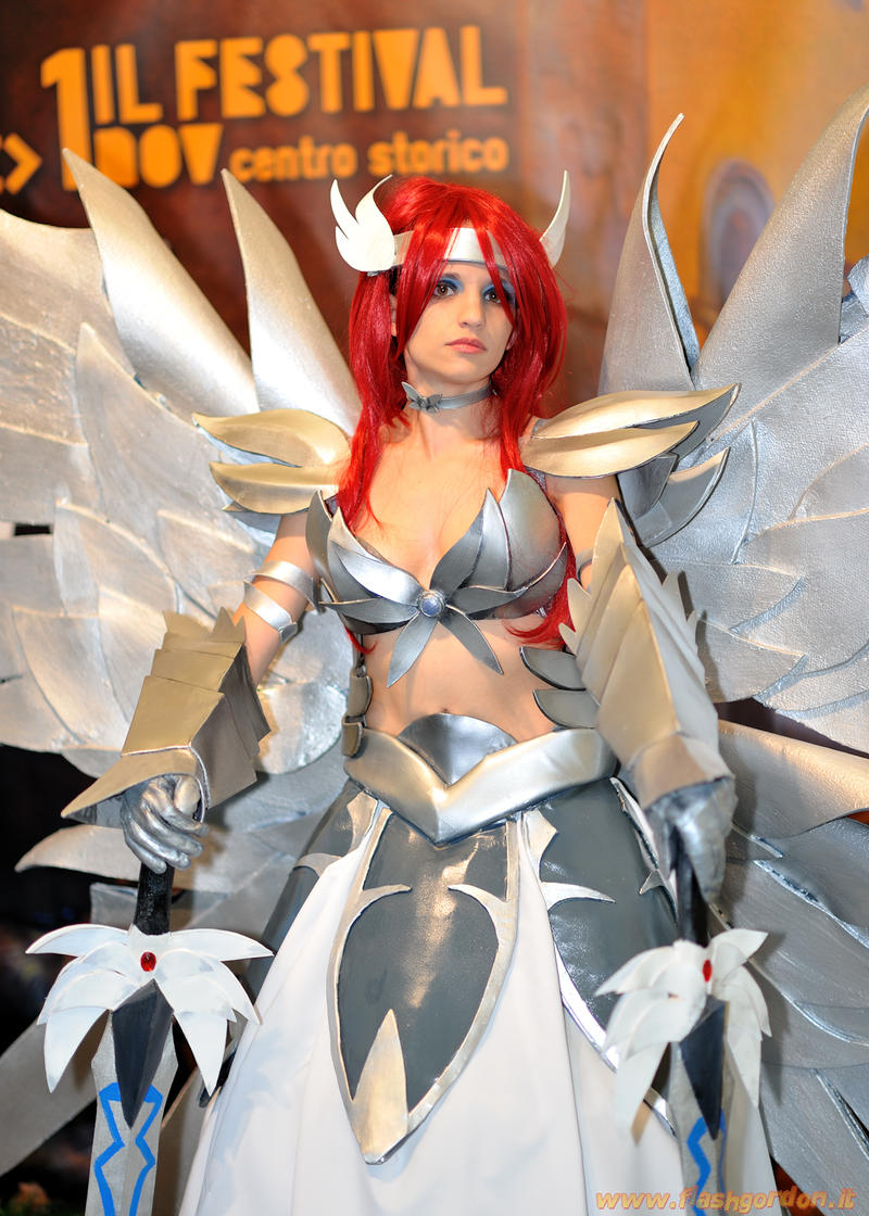 Erza Scarlet Cosplay by KICKAcosplay