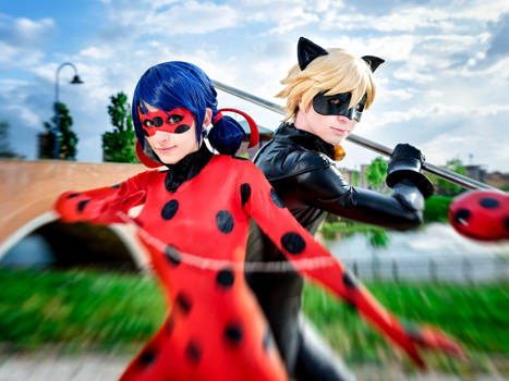 Ladybug and Chat Noir cosplay