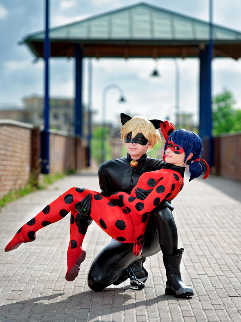Ladybug and Chat Noir cosplay by KICKAcosplay