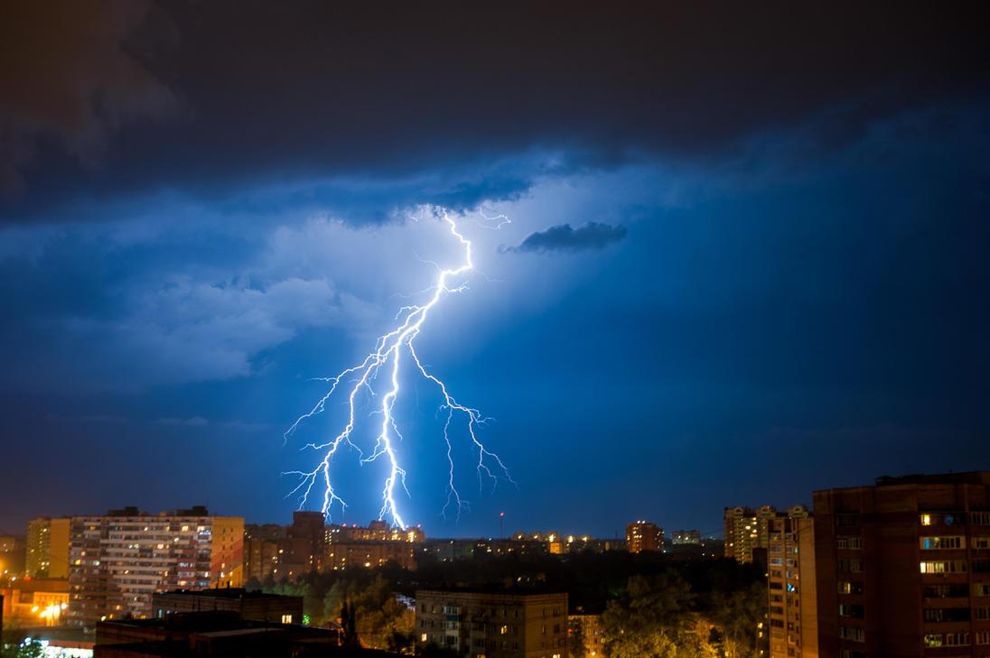 Thunderstorm by unicornamira