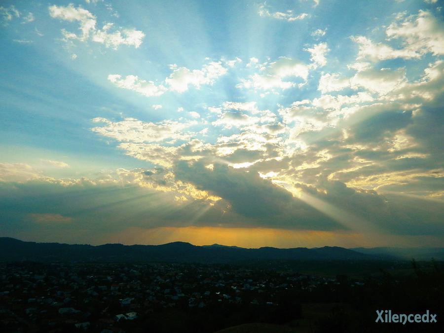 Sunset by Xilencedx