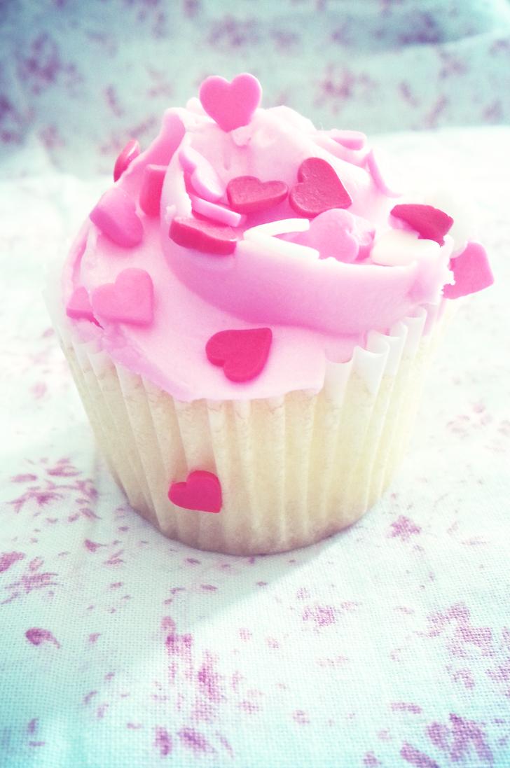 Valentine Cupcake by NorthAngel