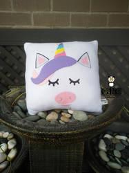 Unicorn Pillow (w nose) by greennnpandacraft