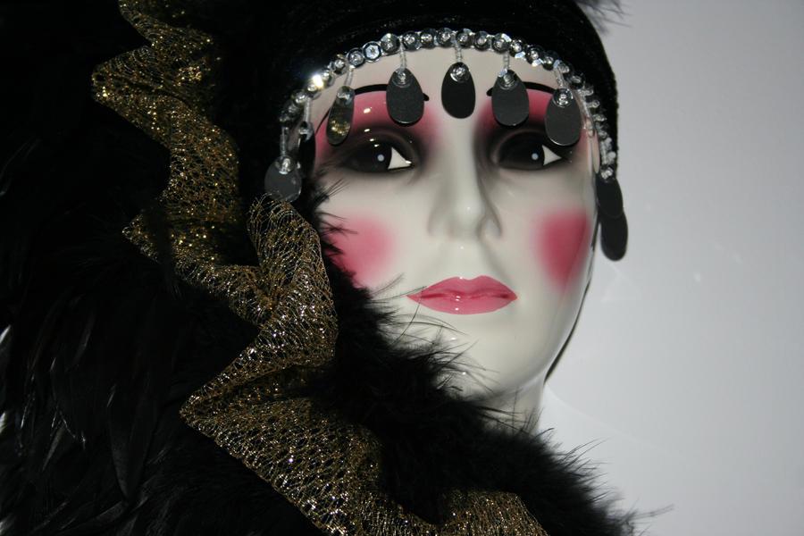 Dark Lady by sesam-is-open