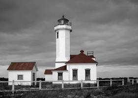 Fort Warden Lighthouse by CUnReno
