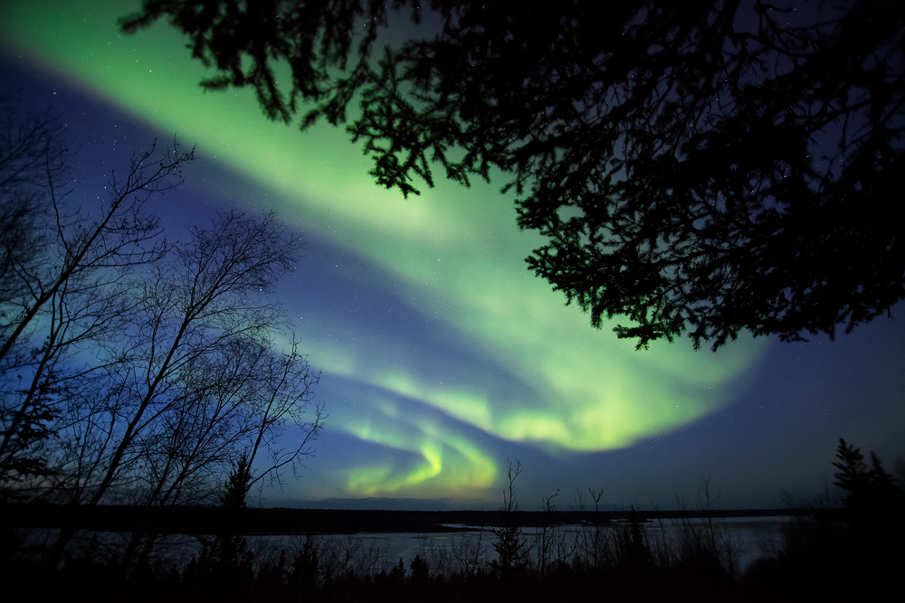 Early spring aurora over Slave River