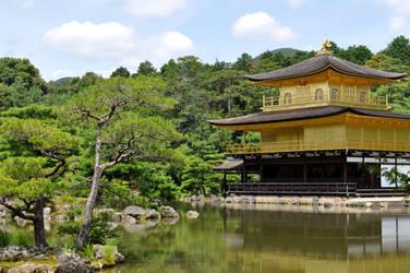 Kinkaku-ji by tilldawn