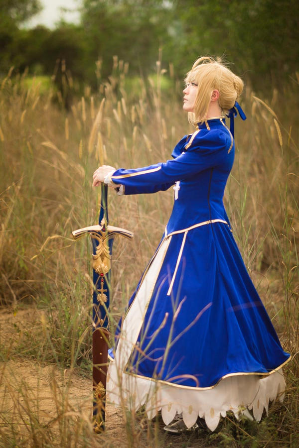 Saber Fate/Stay Night by naokunn