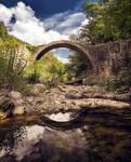 Background - old bridge - tuscany