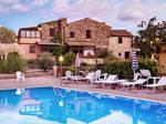 Poolside - tuscany