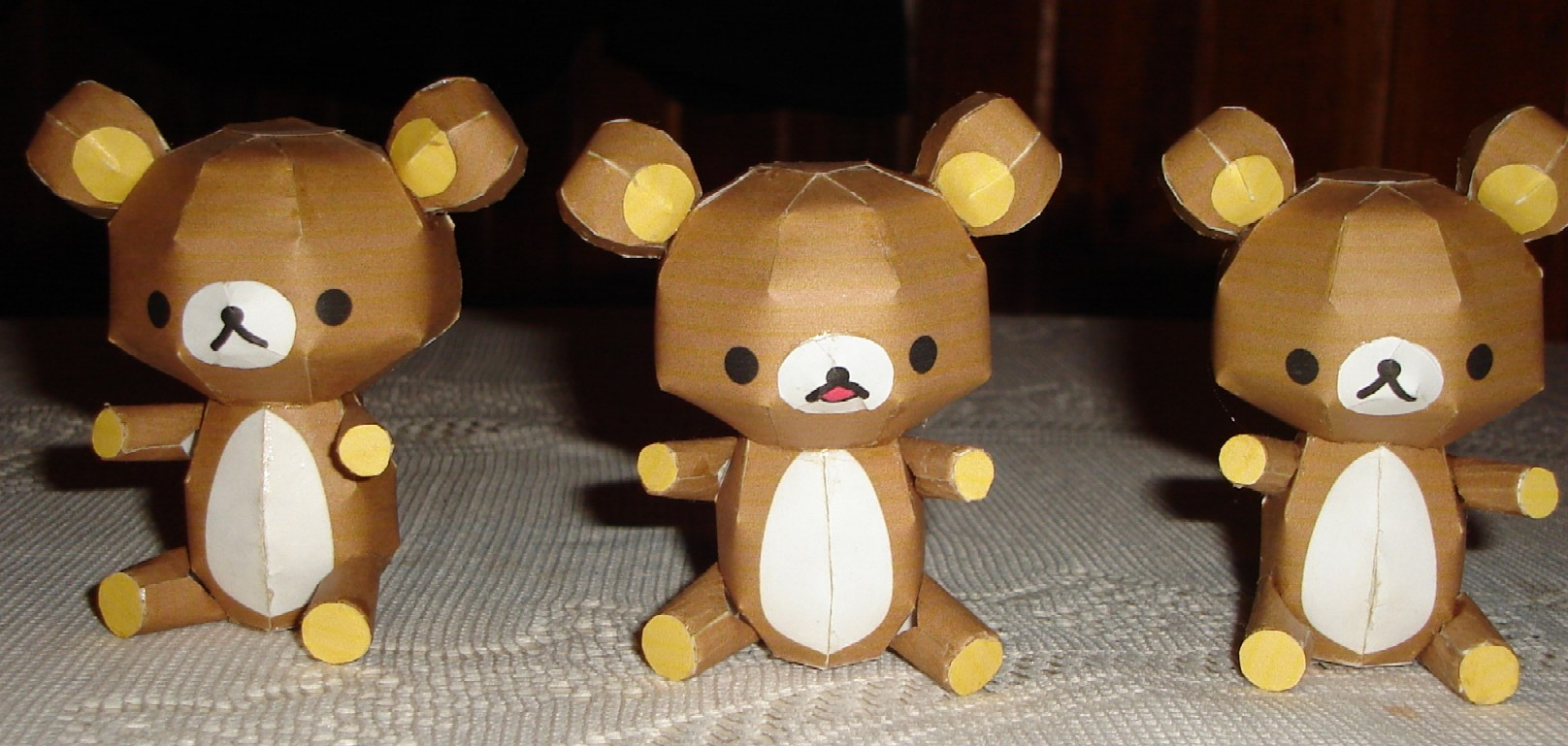 Relax Bear Papercraft by ryo007