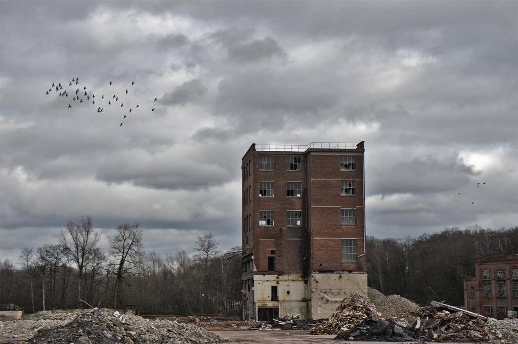 Citadel by Dystopia-Maxima