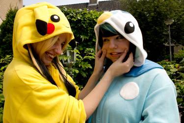 Bullying Piplup is fun! by Kaosaurus