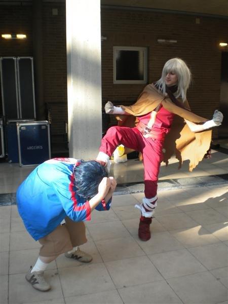 Vuestros cosplays - Página 7 Viral_kick_by_HakuLina