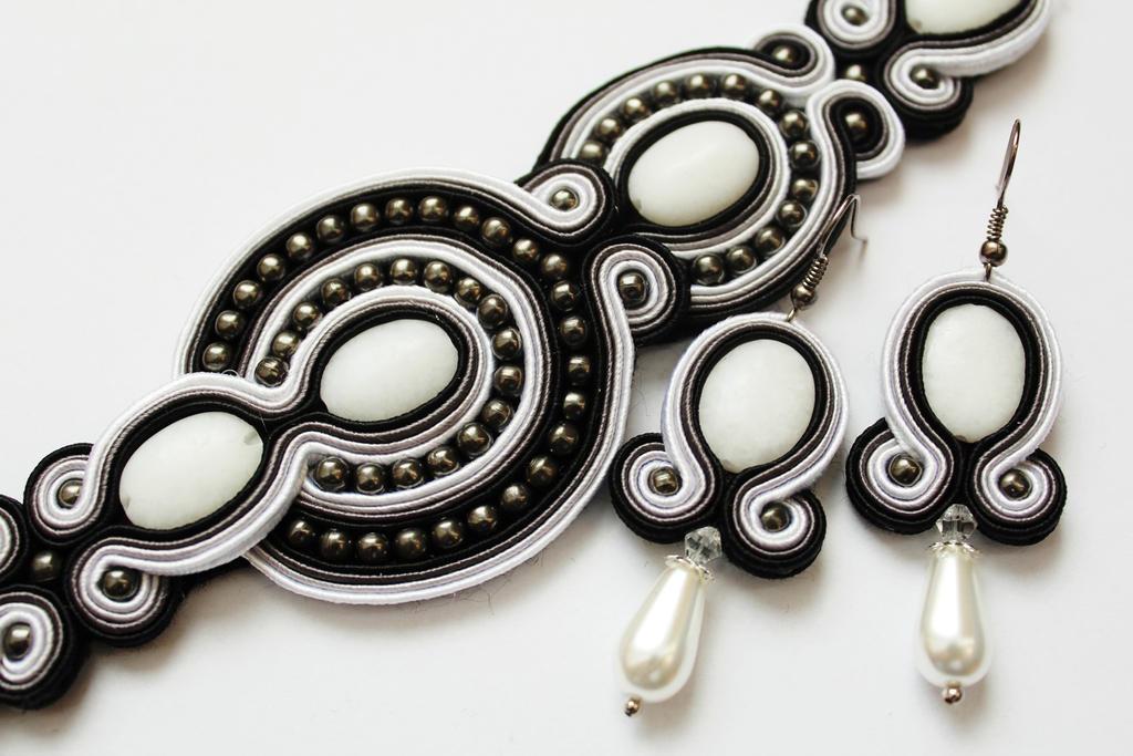 Bracelet and earrings with Jade soutache by GosiaBizu