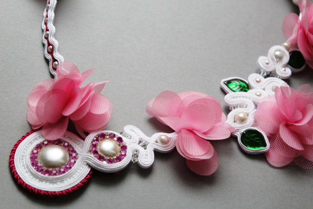 Closer To Spring necklace soutache by GosiaBizu