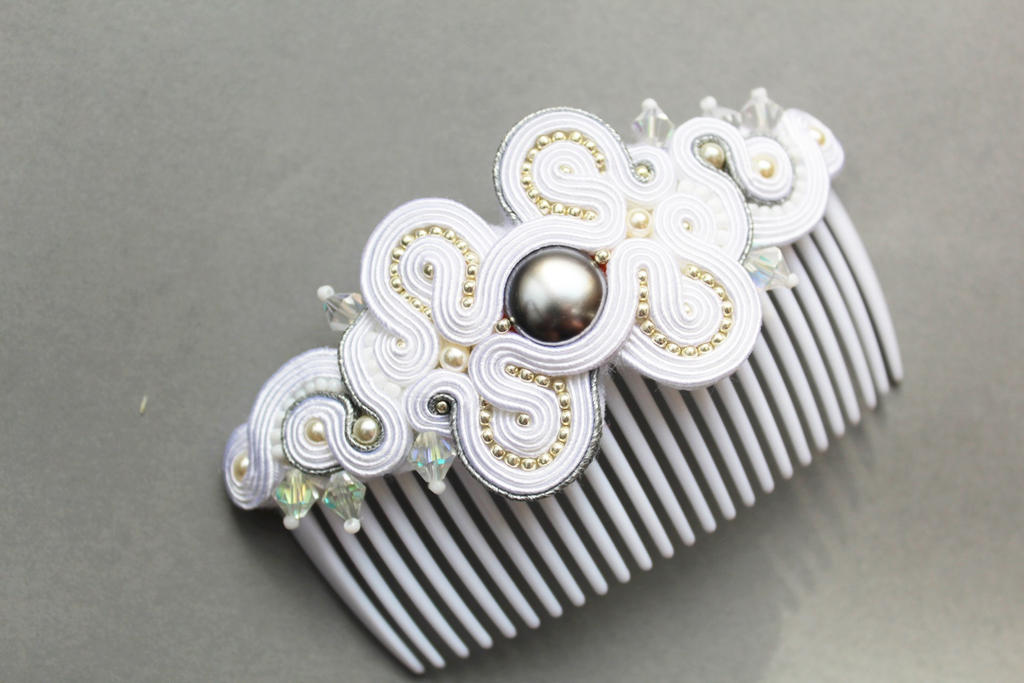 hair comb with soutache by GosiaBizu