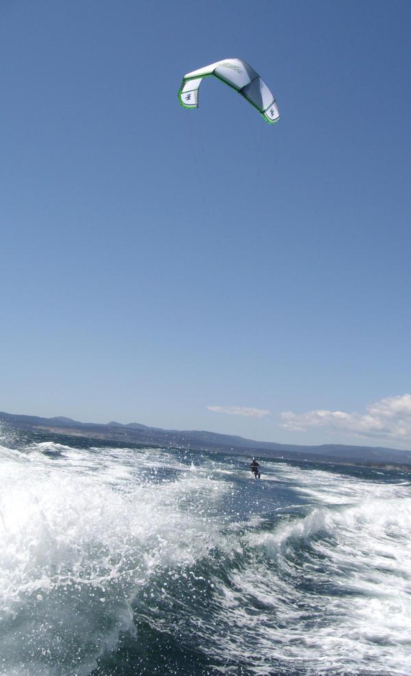 Kite Surfer by skiptown-slowdown