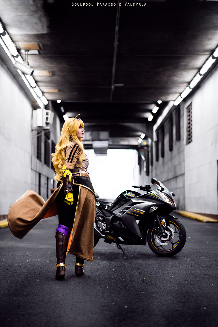 Yang Xiao Long - RWBY volume 5 by SCARLET-COSPLAY
