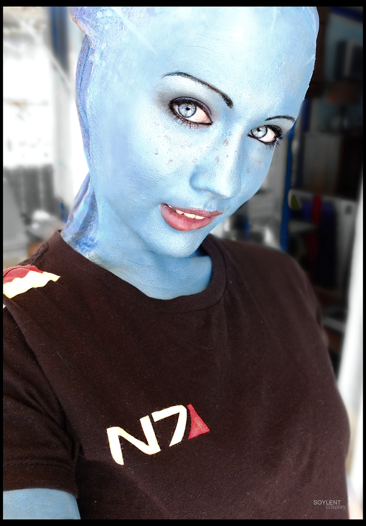 Liara cosplay - Shepard's shirt by Soylent-cosplay