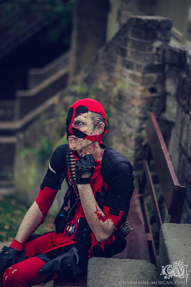 Got an itch - Deadpool Cosplay by Soylent-cosplay