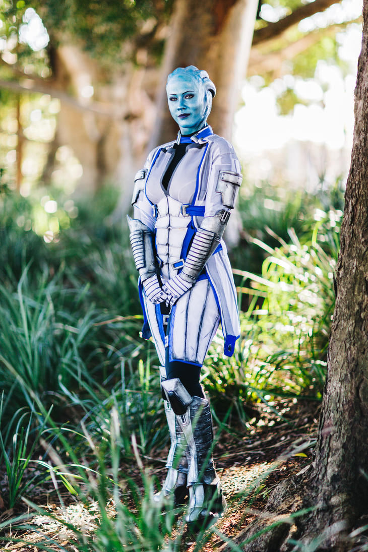 Research - Liara Tsoni Cosplay by Soylent-cosplay