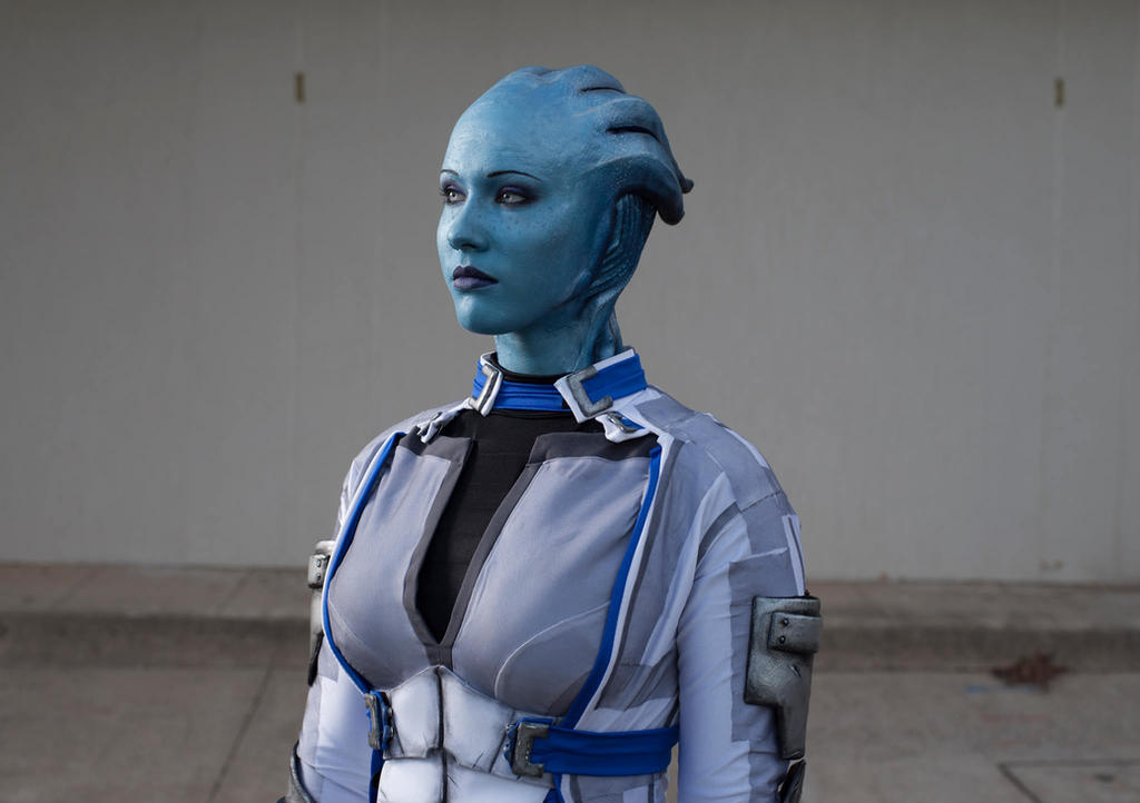 Liara's Vigil - Mass Effect cosplay by Soylent-cosplay