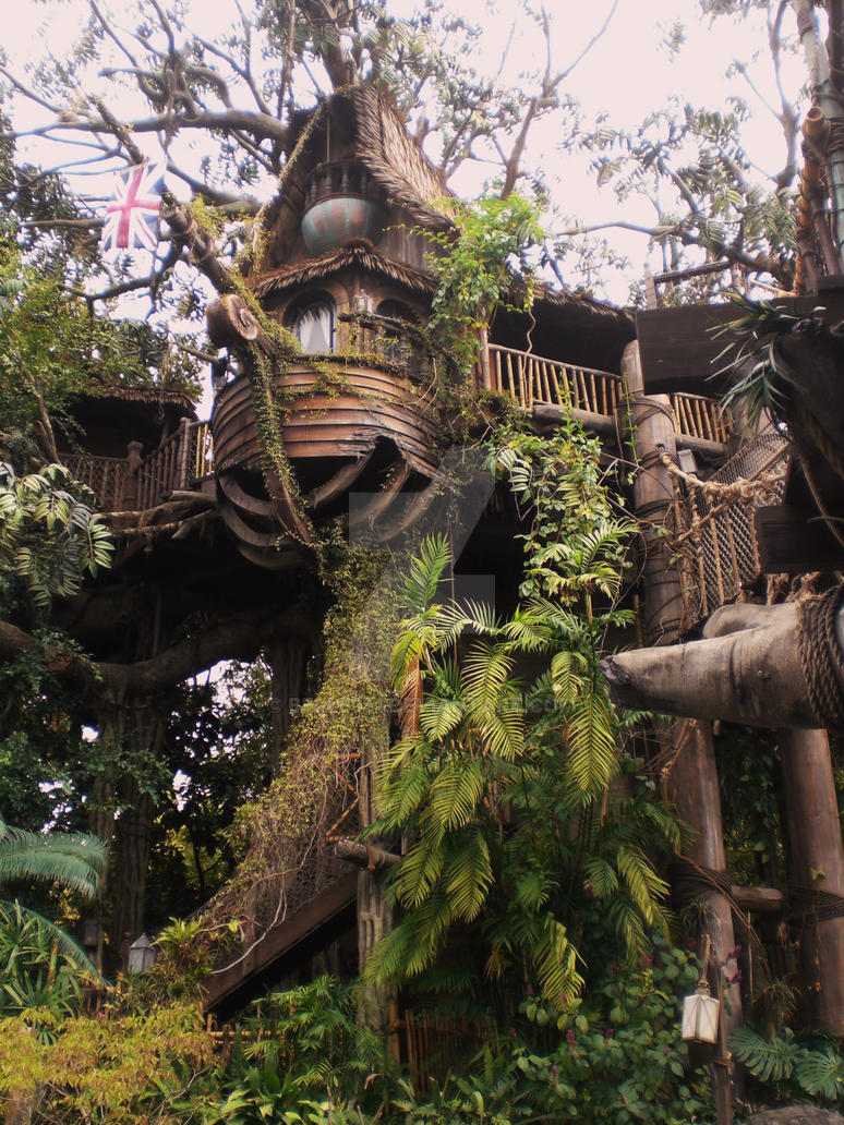 Tarzan's Treehouse by belle951