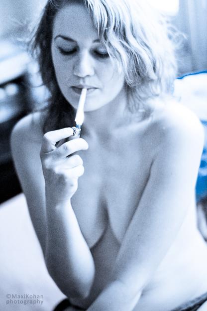 smoking blue by kohanart