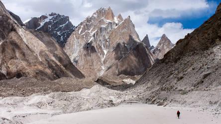 Man Vs Mountains