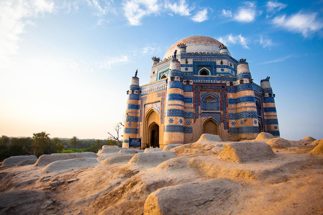 Tomb of Bibi Jawindi by ZaGHaMi