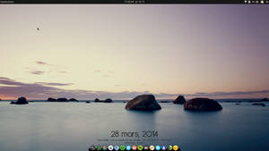 New Desktop, with Xfce 4.11 and Debian GNU/Linux