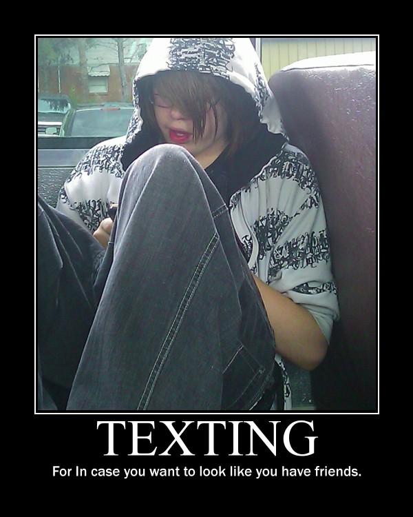 Texting -Demotivation- by Dragunov-EX