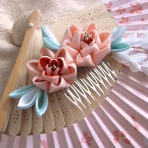 Pink peony comb kanzashi