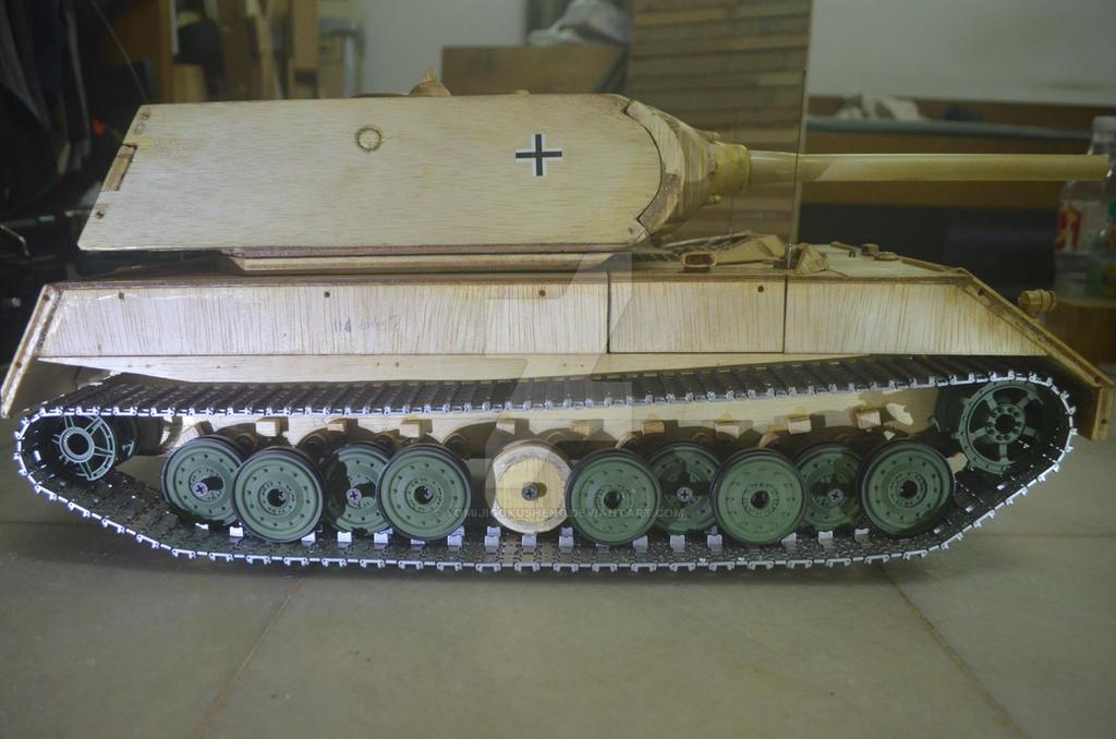 Maus Tank 1:16 scale by YomiJigokuSheng
