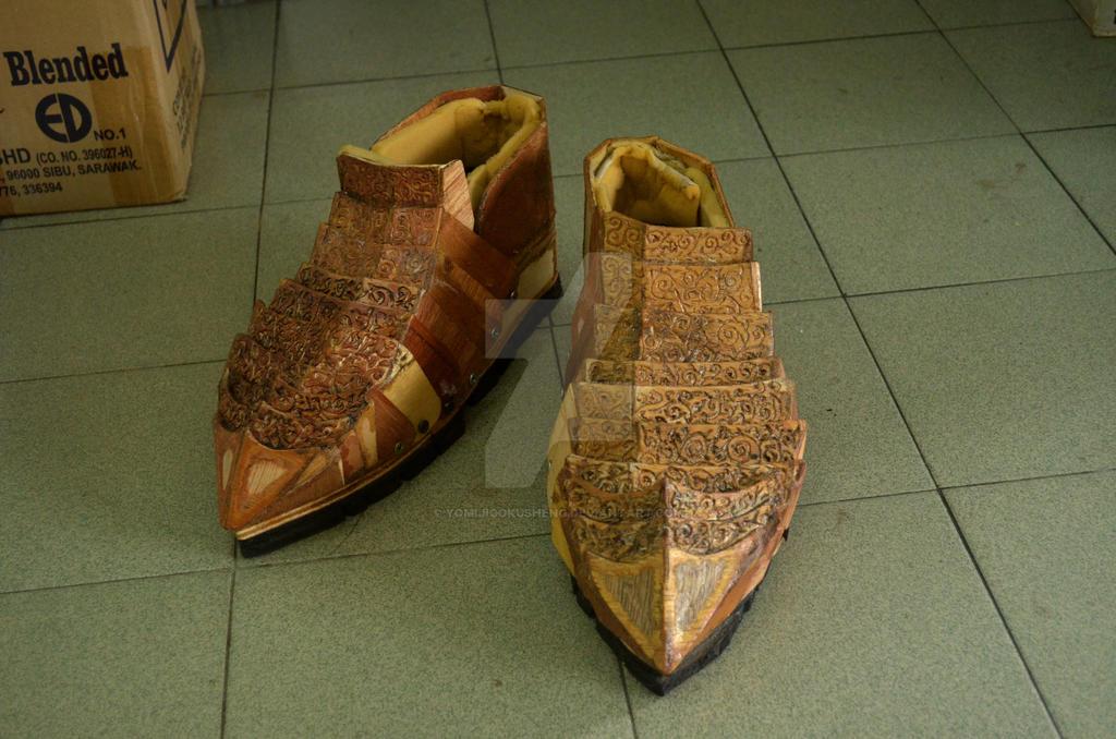 Sauron  Shoes by YomiJigokuSheng