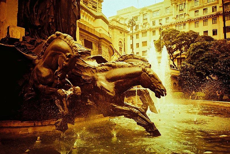 Desire's Fountain - Glory by kikaum
