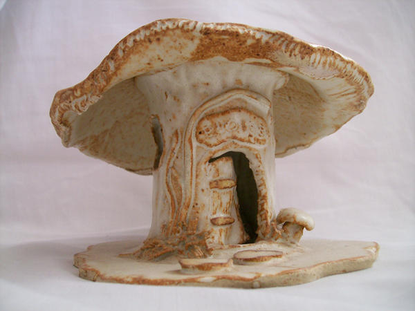 Mushroom House 01